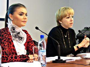 Алина Кабаева научила питерскую молодежь журналистике