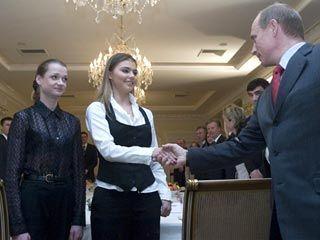 Британские таблоиды испугались Кабаевой на обложке журнала: по их мнению, это может разозлить Путина