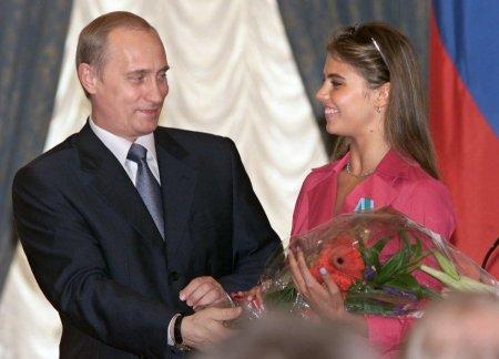 Путин поселил вторую жену в «сочинском дворце»
