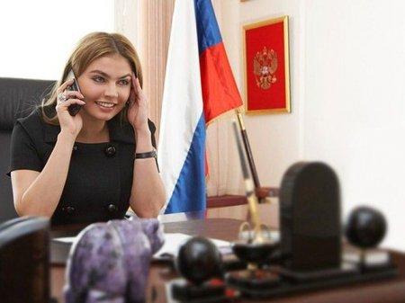 Алина Кабаева отрицает свою связь с Путиным